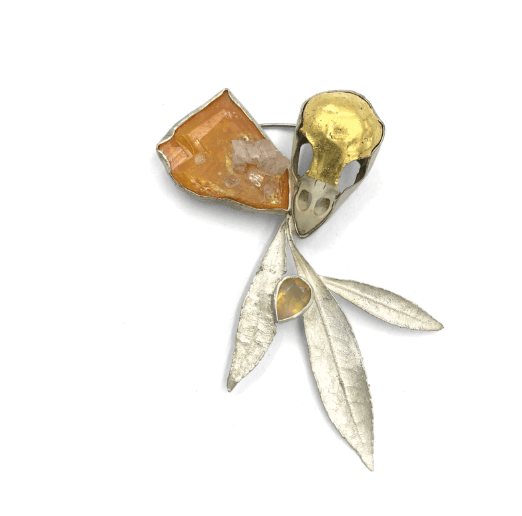 Moly brooch with wulfenite, sparrow skull, 23 carat gold, fine silver and cast pieris by Anna Johnson