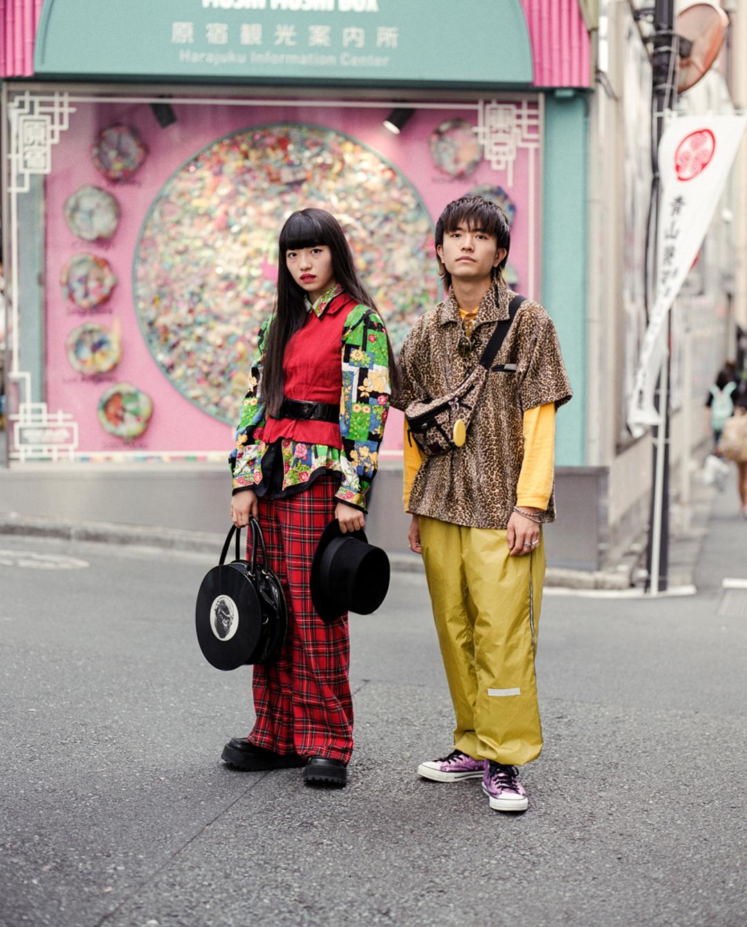 Sakura and Naka mixing prints in Harajuku