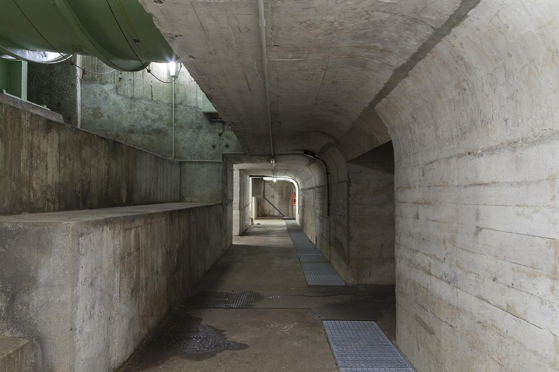 carina martins, vortex - tunel de uma barragem em formato quadrado