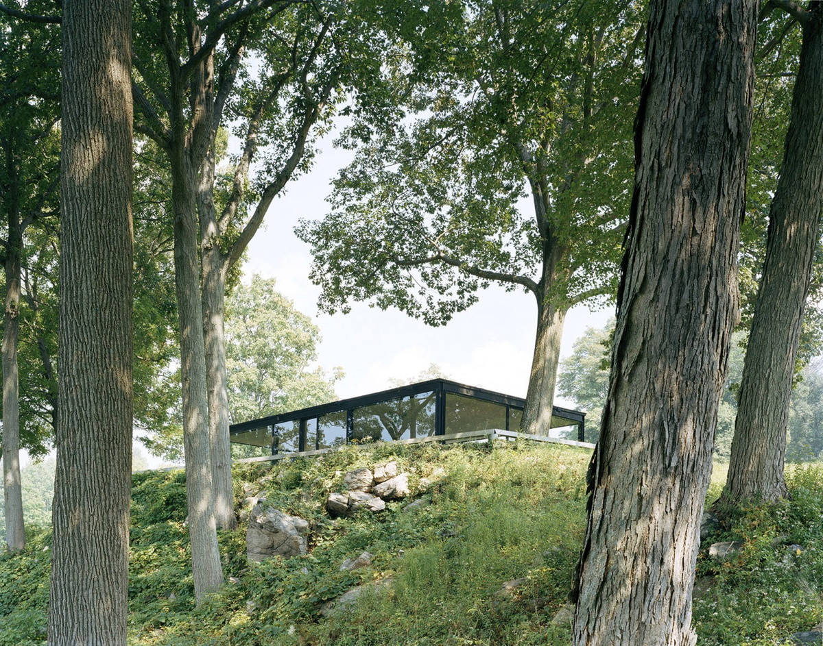The Glass House by Philip Johnson — Thisispaper Magazine