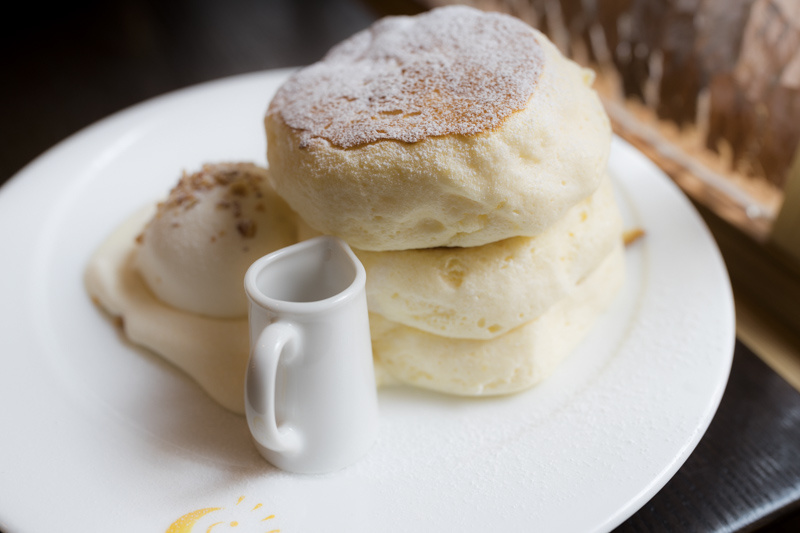 Tokyo's Best Fluffy Pancakes — WHEN IN TOKYO | Tokyo's Art, Design and Architecture Guide